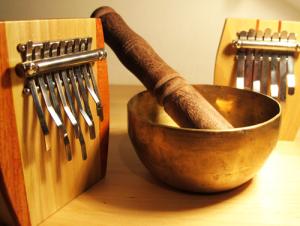 instruments guerison 300x226 Comment la musique peut harmoniser vos 3 corps ? [Corps Energétique]