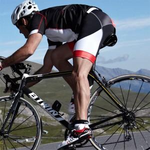 velo se muscler rapidement 300x300 Le Vélo, un moyen simple et efficace pour se muscler rapidement [Corps Physique]